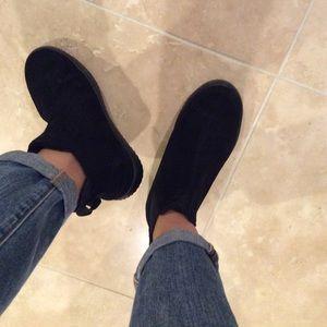 NW Skechers booties Black 7.5